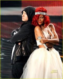 Eminem feat. Rihanna - love the way you lie + бонус текст песни перевод, слушать и скачать онлайн бесплатно без регистрации