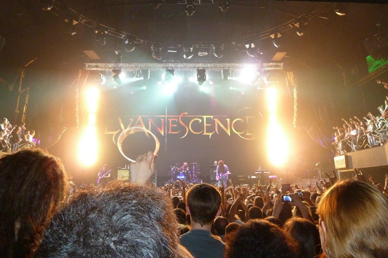 Отчет о концерте Evanescence в Москве 2012 Известия Hall, фото, видео, отзывы и комментарии
