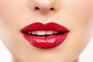 Макияж губ в домашних условиях