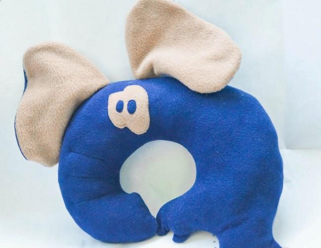 Подушка под шею в форме слона